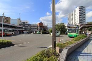 市バスの運行も多く、バスを利用される方にとってもあまりストレスを感じることはないと思いますよ。