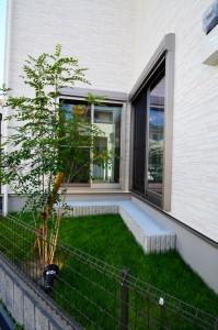 中庭スペースがあれば、リビングにいても外の緑を楽しめます!