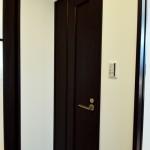 見た目は普通のドア…