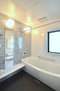 浴室は高級感があります! もちろん換気乾燥暖房つき!