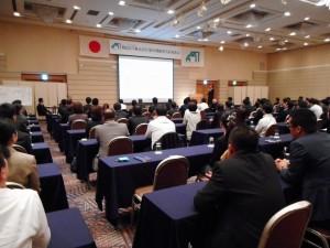 弊社代表・川島による前期の総括と今期の経営方針、 中期計画等の発表です。