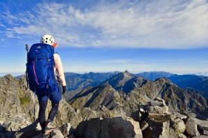 槍ヶ岳を眺める。 24時間テレビでイモトさんが登っていた山ですね!