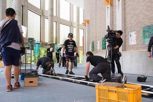 カメラ用のレールを設置