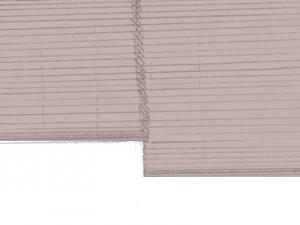 木製ブラインド: ナチュラルな木のぬくもりを感じるスタイル