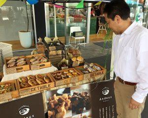 絵力の強いパンに社員も惹かれております